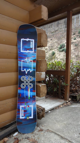 Demo a Never Summer Funslinger 151 or 153 with Union Flite Pro bindings