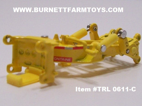 Item #TRL 0611-C Yellow Fontaine Spreader