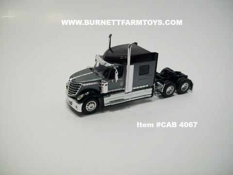 Item #CAB 4067 Gray Black International Lonestar Sleeper