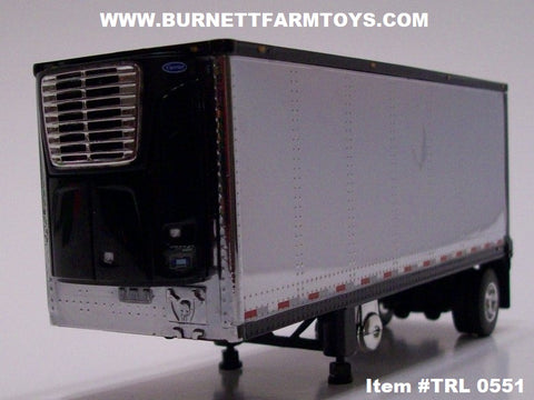 Item #TRL 0551 Chrome with Black Trim Single Axle Wabash Refrigerated Pup Trailer with Carrier Refrigerator Unit