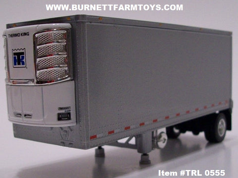 Item #TRL 0555 Silver Single Axle Wabash Refrigerated Pup Trailer with Thermo King Refrigerator Unit