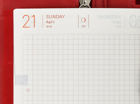 Hobonichi Techo Planner 2019 Sundays highlighted in red