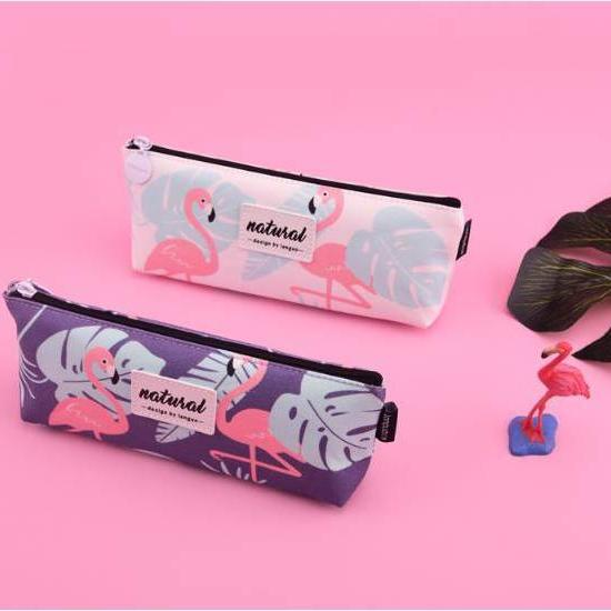 This super cute Tropical Flamingo zippered accessory pouch keeps your tools all in one place!