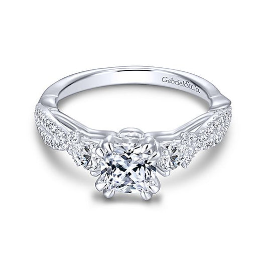 ER13900C4W44JJ / 14k White Gold Cushion Cut 3 Stones Diamond Engagement Ring