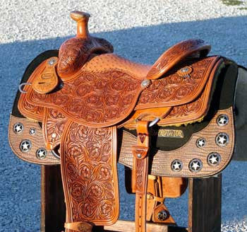 LowDown TEXAS~STAR ROPING SADDLE > Deposit to Schedule Saddle