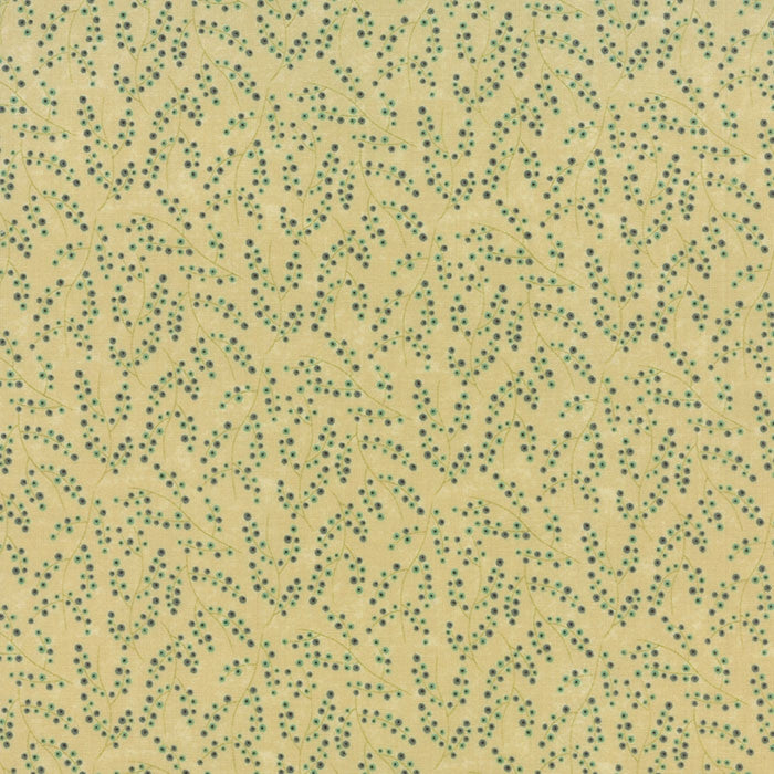 Moda Fabric Rambling Rose F4614 - The Fabric Bee