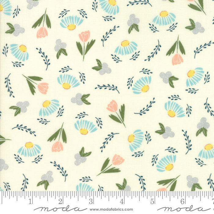 Moda Clover Hollow 37551 12 F6601 - The Fabric Bee