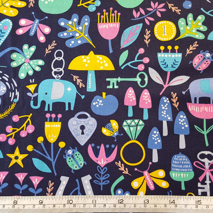 Dashwood Studio Lost Treasures 1478 F6643 - The Fabric Bee