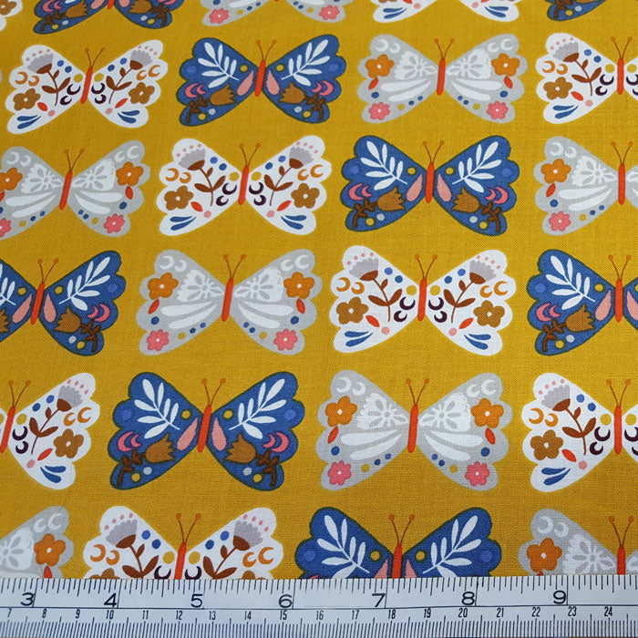 Dashwood Studio Meadow Safari 1369 F6638 - The Fabric Bee
