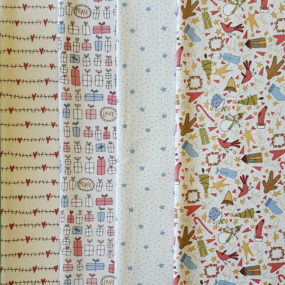Under The Mistletoe 4 Fat Quarter Pack