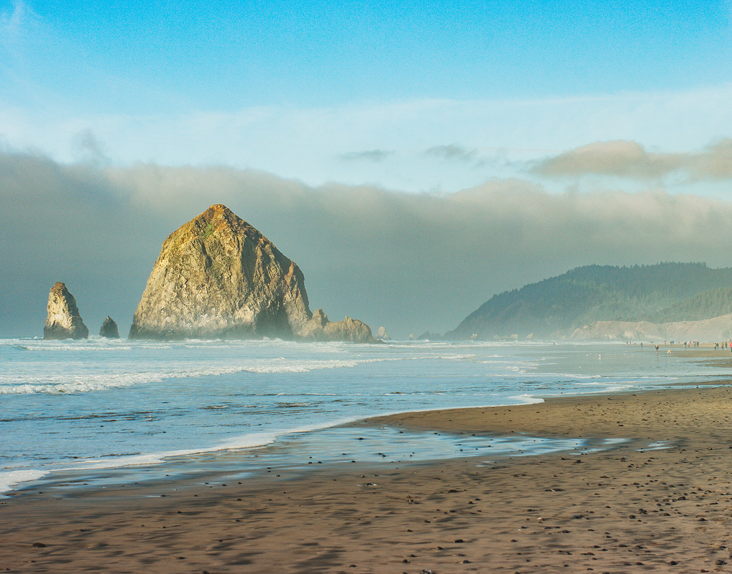 Haystack Rock, Cannon Beach, Oregon Coast