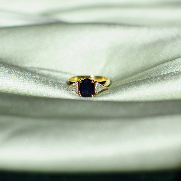Vintage 14kt Sapphire Ring