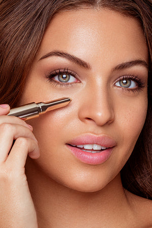 Essential High Coverage Concealer Pen 3