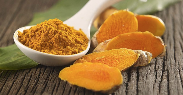 Skin Benefits of Turmeric & Turmeric Face Masks