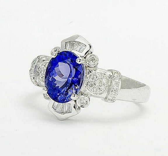 Blue Sapphire - Engagement Ring 8 x 10mm, 3.5ct Oval Cultured Kashmir Blue Sapphire in a 14k White Gold Diamond  Setting - In The IceBox