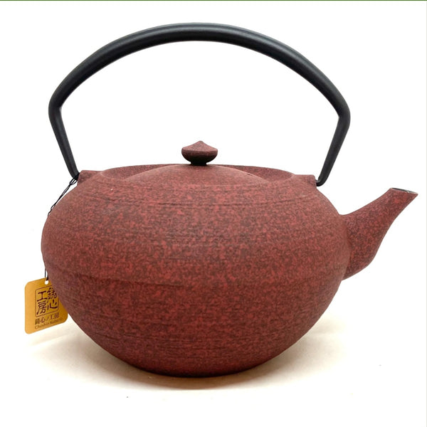 cast-iron-teapots