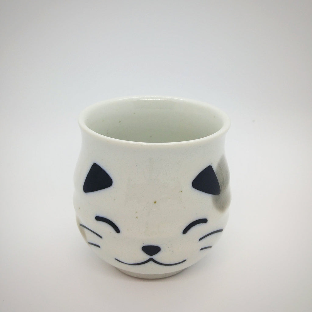 Japanese Tea Cup - Kitten