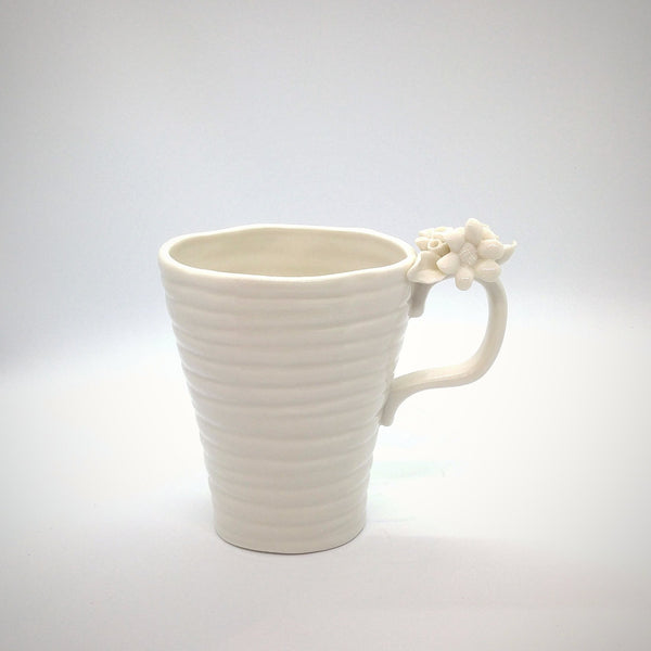 Tea Cup - White Elegance
