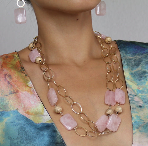 Rose Quartz Necklace w/Gold Rings Large – Camel Pose