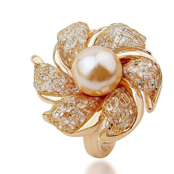 Graceful Luxury Pearl Flower Ring - Brilliant Virtue