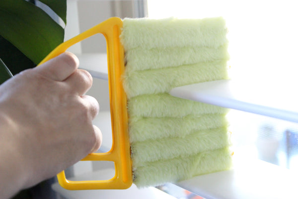 Vertical Window Blinds Brush Cleaner
