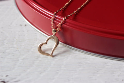 Valentine's Day Heart Necklace-2 Girls 1 Shop