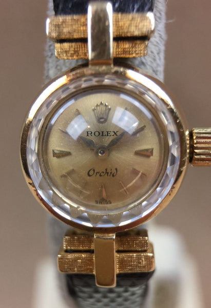 Vintage Rolex  Orchid  Great Case Solid 18k Gold - HallandLaddco.com