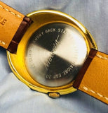 Rare Seiko Motorist Diashock 19 Jewels Wristwatch from 1960's - HallandLaddco.com