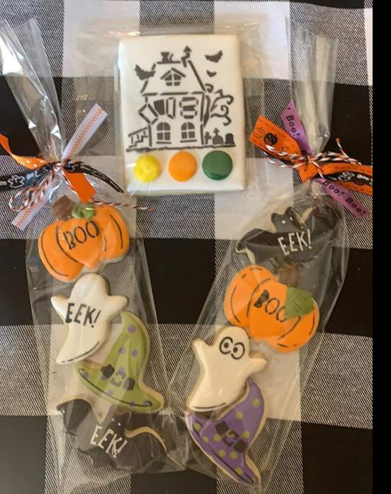 ONLY 5 LEFT!  Cookier's Creativity Crate - 4Q Seasonal Cookier Box for Cookies, Fall thru New Years