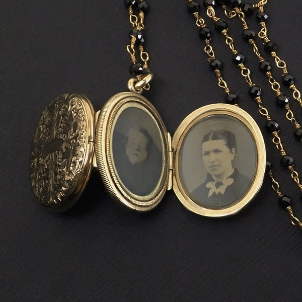 Antique VICTORIAN Locket MOURNING Jewelry FOUR Photo Glass Covers - Years After