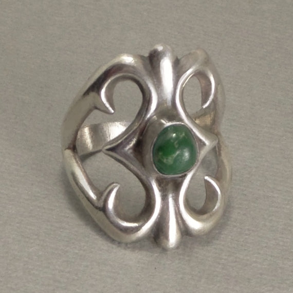Vintage NATIVE American NAVAJO Green Turquoise RING Solid Sterling 9.5 - Years After