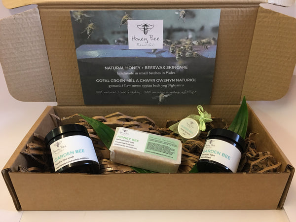 Natural Skincare Beauty Box Subscription  100% Natural & Bee Friendly