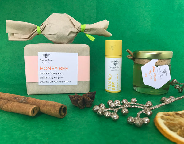 Yuletide Bee Gift Box