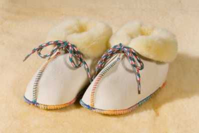 Werner Christ Babysweet lambskin bootees, size 15/16