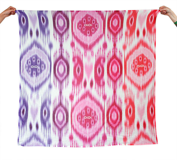 OiOi Ikat Girl Printed Muslin Swaddle