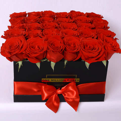 Classic Collection - Square Box - Rose Rosse - Scatola Nera