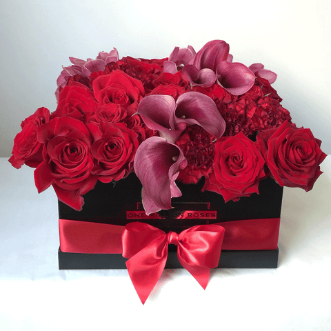 Classic Collection - Square Box - Rose Rosse Mix Garofani - Scatola Nera