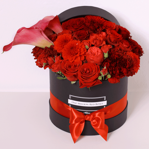 Classic Collection - Medium Box - Rose Rosse Mix con Calla  - Scatola Nera