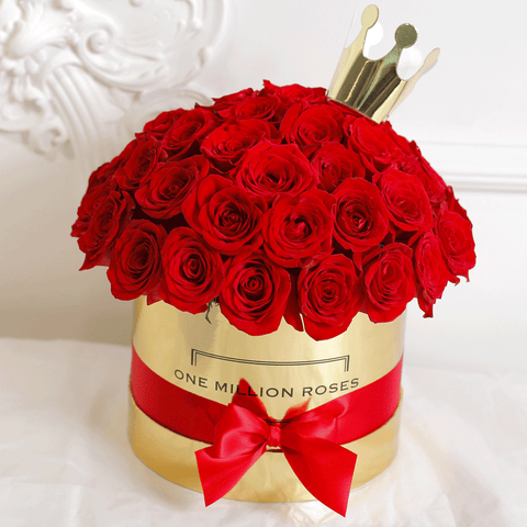 "Classic Collection - Medium Box - Rose Rosse Sfera ""Princess"" - Scatola Oro"