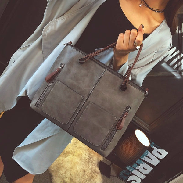 Vintage Shoulder Bag - Oeuvre by Qamrosh