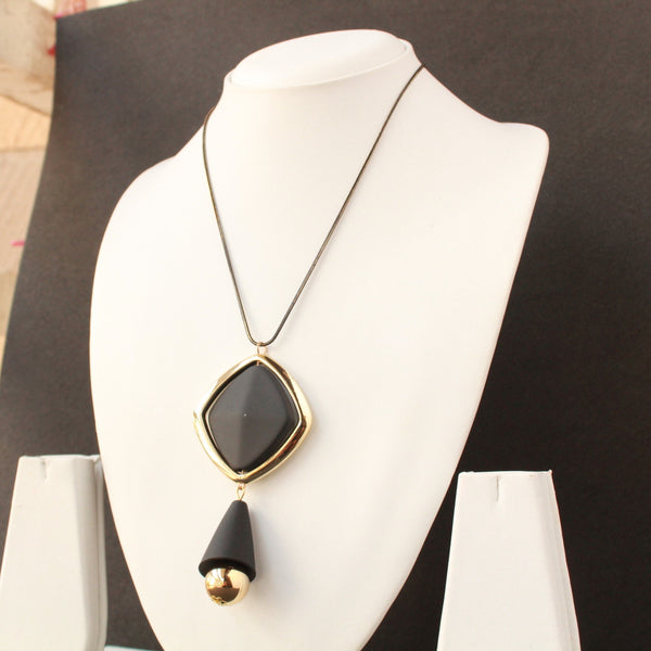 Fashion Necklace with Black  colour centre stone and Brown chain and drop shape with golden bead dangling.