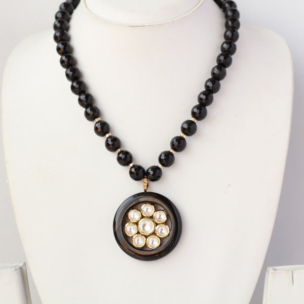 Designer Kunadn Black Beads Necklace