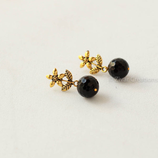 Antique Flower Black Bead Earring