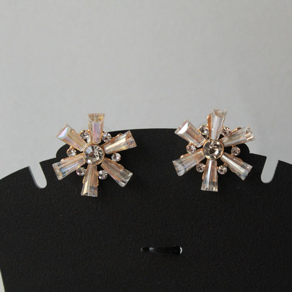 Fancy stud earring