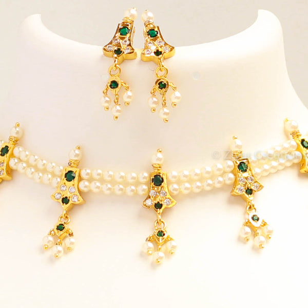 Green Stones Studded Pendant Necklace