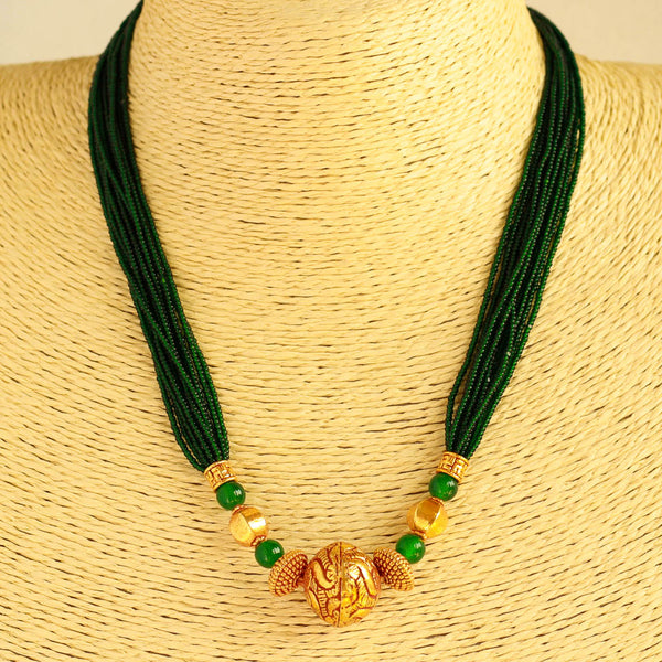 Green Beads Geru Polish Necklace
