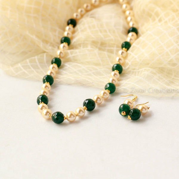 Handcrafted Green Stones Pearl Necklace