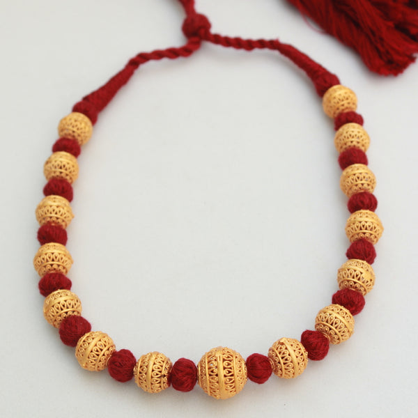 Handcrafted Small Beads Maroon Thread Necklace