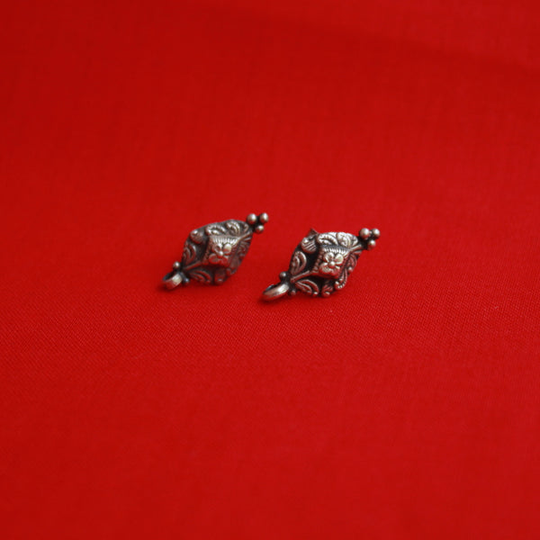 Handcrafted Silver Drop Shape Earring