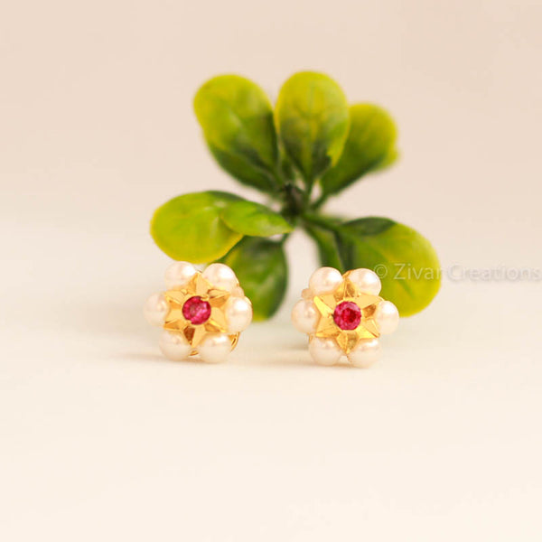 Small Size Pearl Kudi with red stone